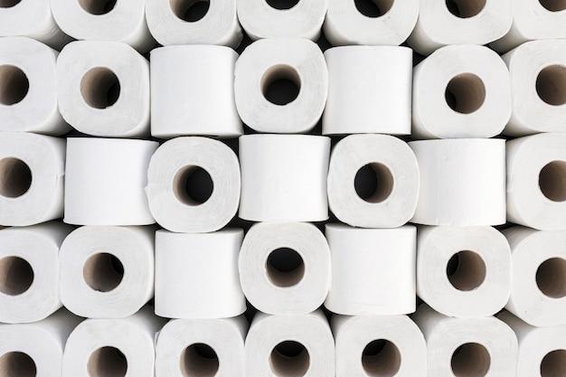 Bovenaanzicht wc-papier rolt vorm