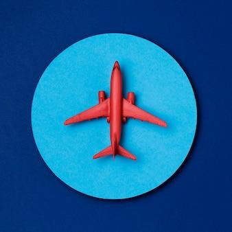 Bovenaanzicht wereld toerisme dag vliegtuig