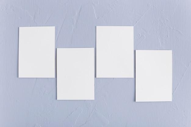 Bovenaanzicht zakelijke blanco visitekaartjes