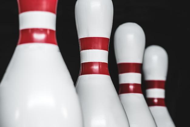 Bowling pinnen op een rij