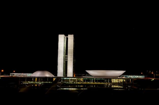 Brasilia, brazilië - mei 26, 2006 - braziliaans nationaal congres bij nacht