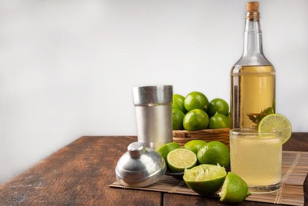 Braziliaans drankje caipirinha, glas caipirinha