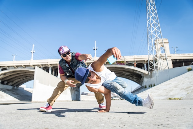 Breakdancers nemen een selfie