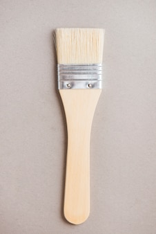 Brede borstel voor het schilderen