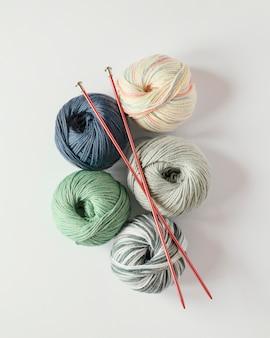Breinaalden en wol