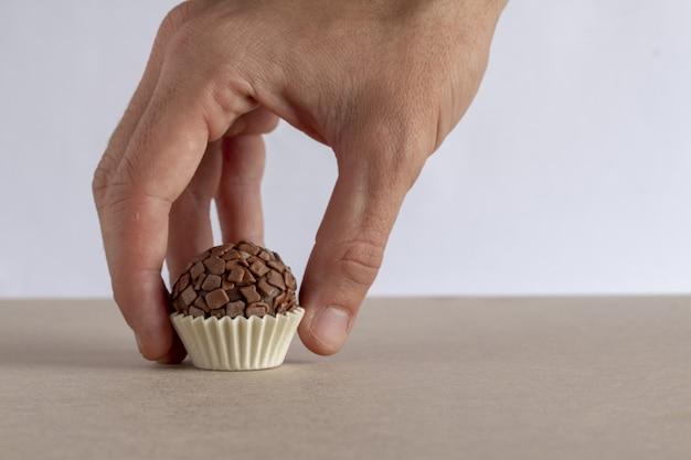 Brigadeiro gastronomische of gastronomische chocolade uit brazilië