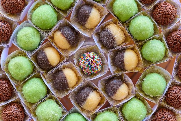 Brigadeiros traditionele snoepjes voor verjaardagsfeestjes in brazilië