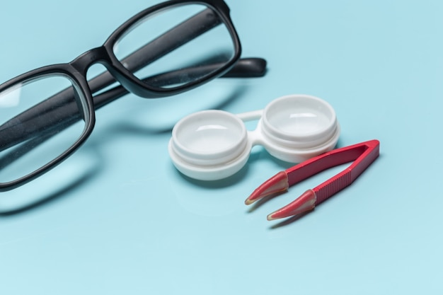 Bril, contactlenzen, visie concept