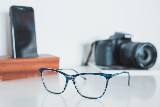 Bril met camera en telefoon