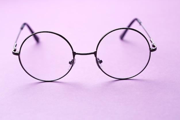 Bril met rond montuur met glazen