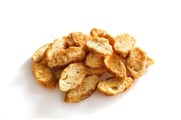 Brood croutons geïsoleerd