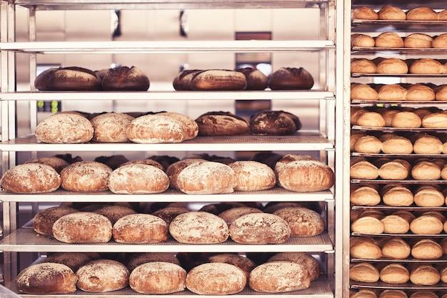 Brood gebakken in de bakkerij
