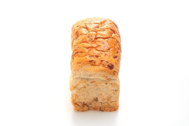 Brood geïsoleerd op witte achtergrond