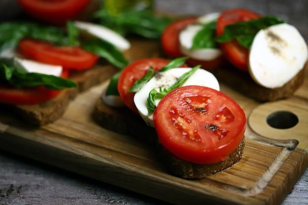 Broodjes keto caprese italië dieet