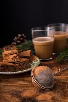 Brownies en zeef vooraanzicht