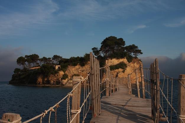 Brug op een grieks eiland