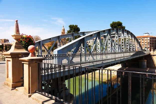 Brug over segura genaamd puente nuevo