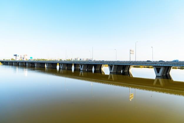 Bruggen op het kanaal in peking, china