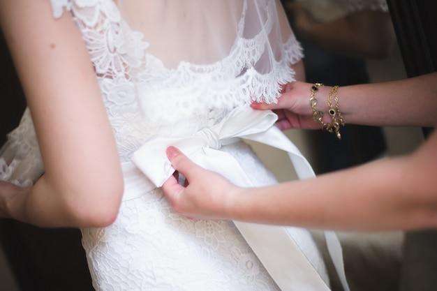 Bruid bruiloft details, bruiloft witte jurk voor een vrouw