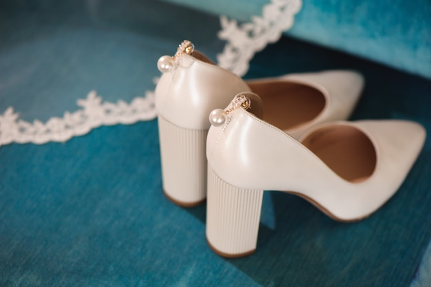 Bruid bruiloft details - trouwschoenen