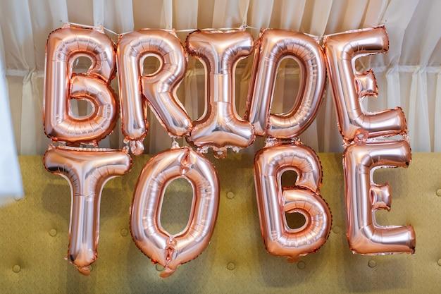 Bruid om ballonbrieven te zijn