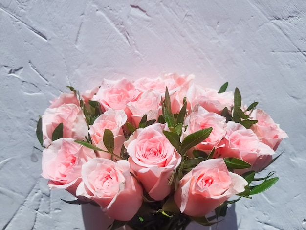 Bruidsboeket van verse rozen