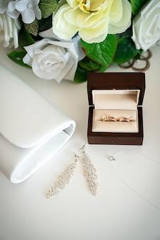 Bruiloft accessoires ringen bruid decoratie bruidegom bloemen dag schoonheid