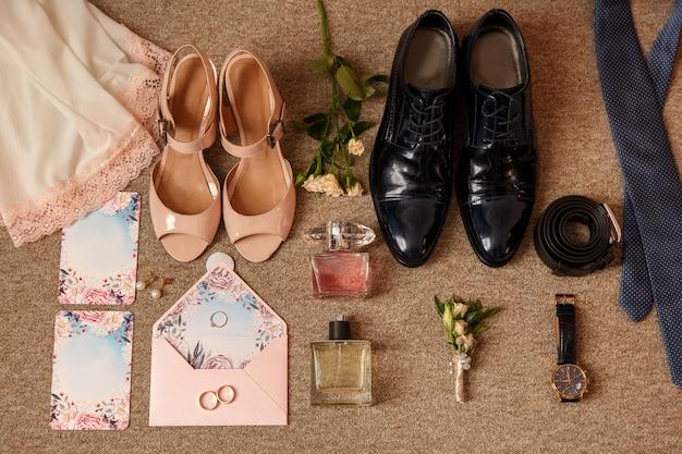 Bruiloft accessoires voor bruid en bruidegom