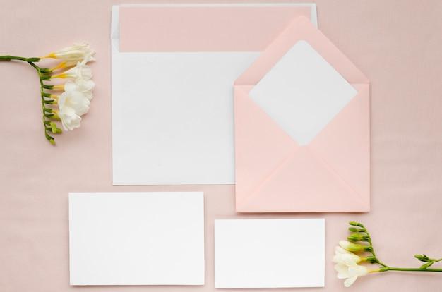 Bruiloft briefpapier set met bloemen