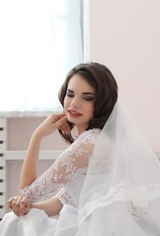 Bruiloft, bruid in haar jurk