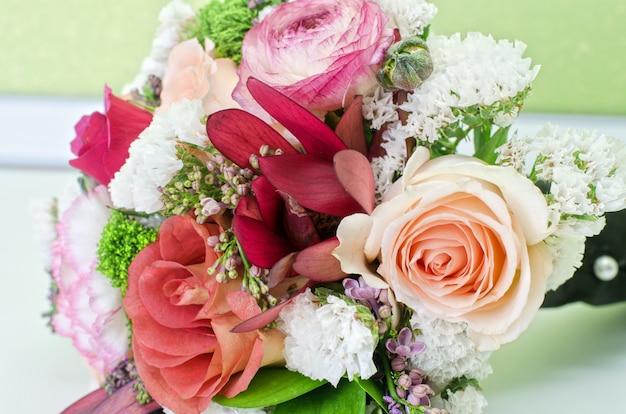 Bruiloft stelletje bloemen