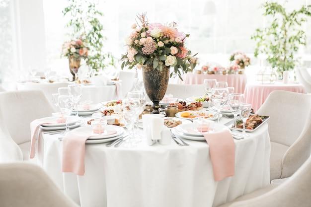 Bruiloft tafeldesserts