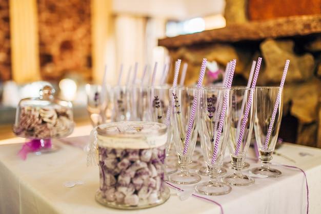 Bruiloftsdecor en rustieke bloemisterij