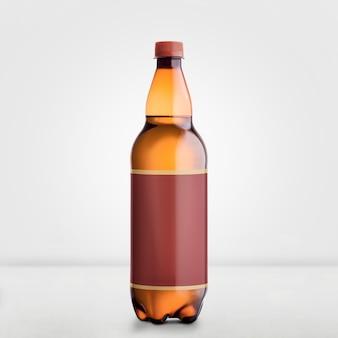 Bruin bier fles mock-up geïsoleerd op wit - blank label