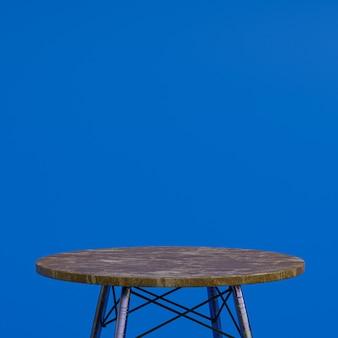 Bruin marmeren tafel of productstandaard voor weergaveproduct op blauwe achtergrond