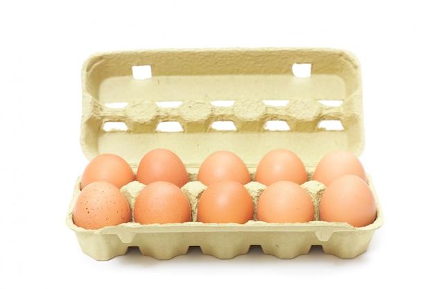 Bruine eieren in doos