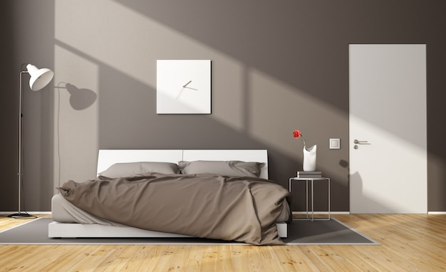 Bruine moderne slaapkamer met wit tweepersoonsbed en gesloten deur