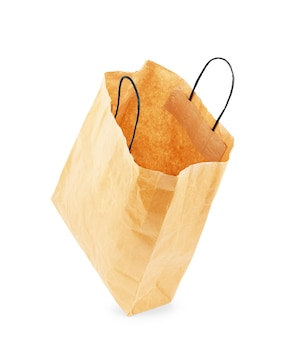 Bruine papieren zak op witte achtergrond