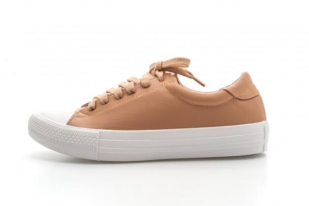 Bruine sneakers op wit