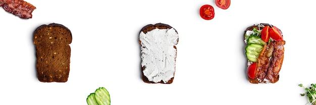 Bruschetta met groenten, spek en mozzarellakaas