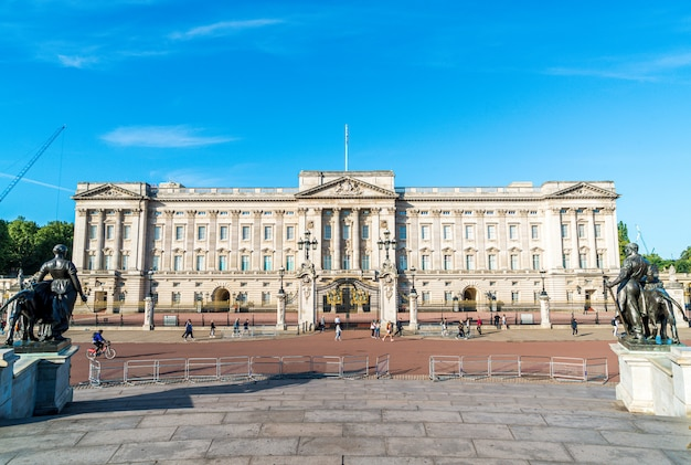 Buckingham palace, londense residentie van britse monarch