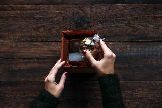 Budget kerstcadeaus goedkope kerstcadeaus om op de vakantie te blijven budget goedkope kerstcadeaus