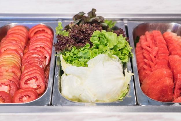 Buffet saladebar in restaurant
