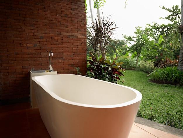 Buiten badkamer landschap kamer ontwerp geen muur