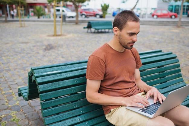 Buiten op internet surfen