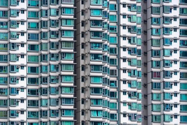 Buitenkant van het moderne flatgebouw