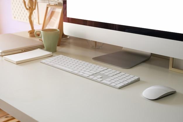 Bureaudesktop en bureaulevering