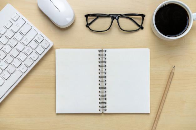 Bureauwerkruimte en lijstachtergrond.