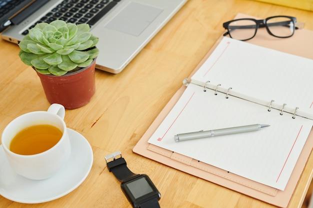 Businessplan schrijven in kladblok