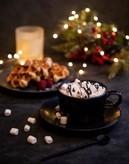 Cacao marshmellow belgische wafels kaarsen kerst knuffelen gezellig huis